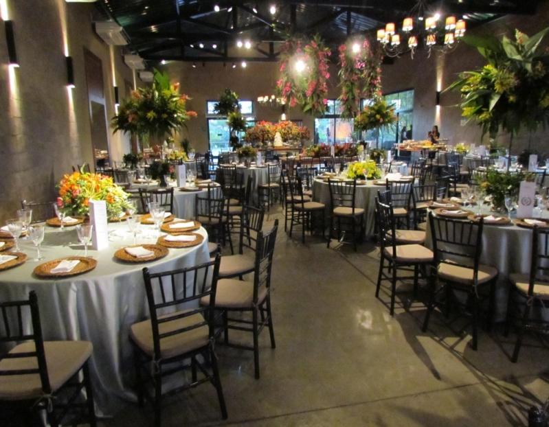 Buffets de Casamento para 100 Pessoas Alto da Boa Vista - Buffet Completo para Casamento