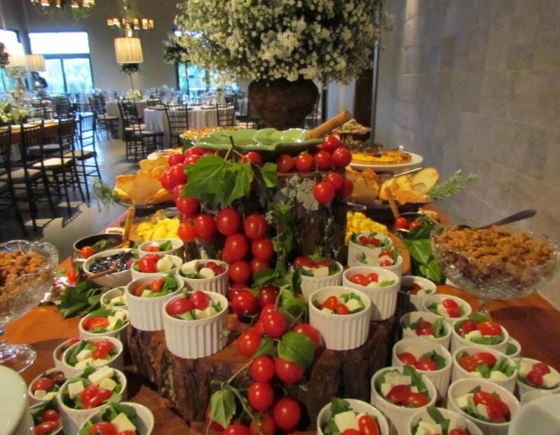 Empresa de Buffet de Casamento com Espaço Próprio Porto Ferreira - Casamento Buffet