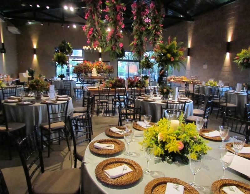 Serviço de Buffet de Casamento para 100 Pessoas Cajuru - Buffet de Churrasco para Casamento